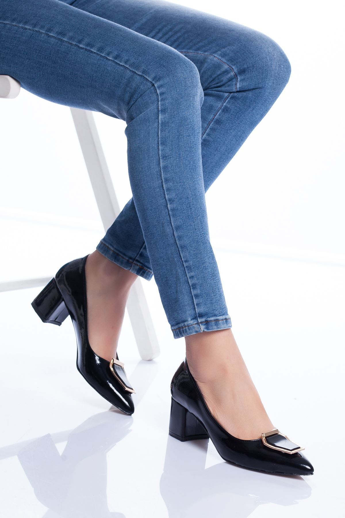 Della Topuklu Ayakkabı SİYAH RUGAN