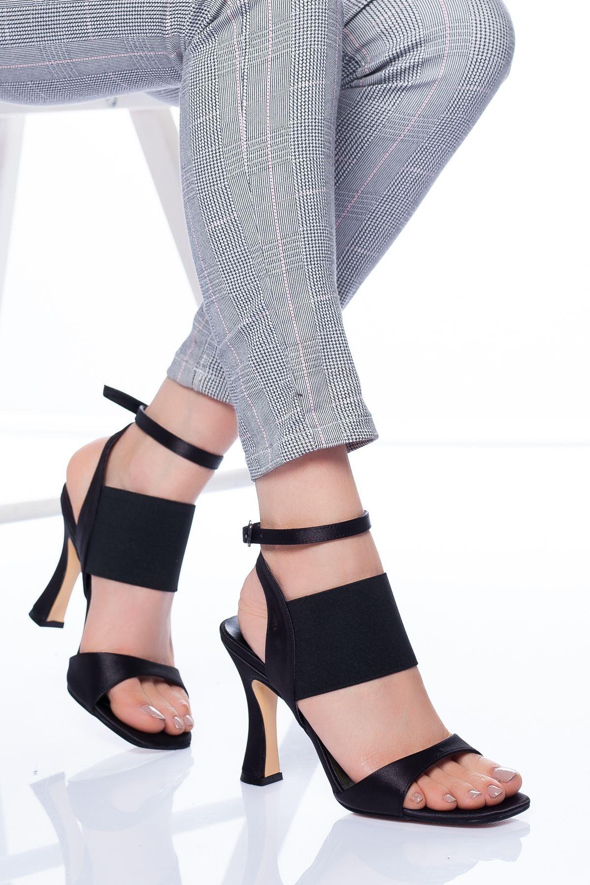 Marli Topuklu Ayakkabı SIYAH