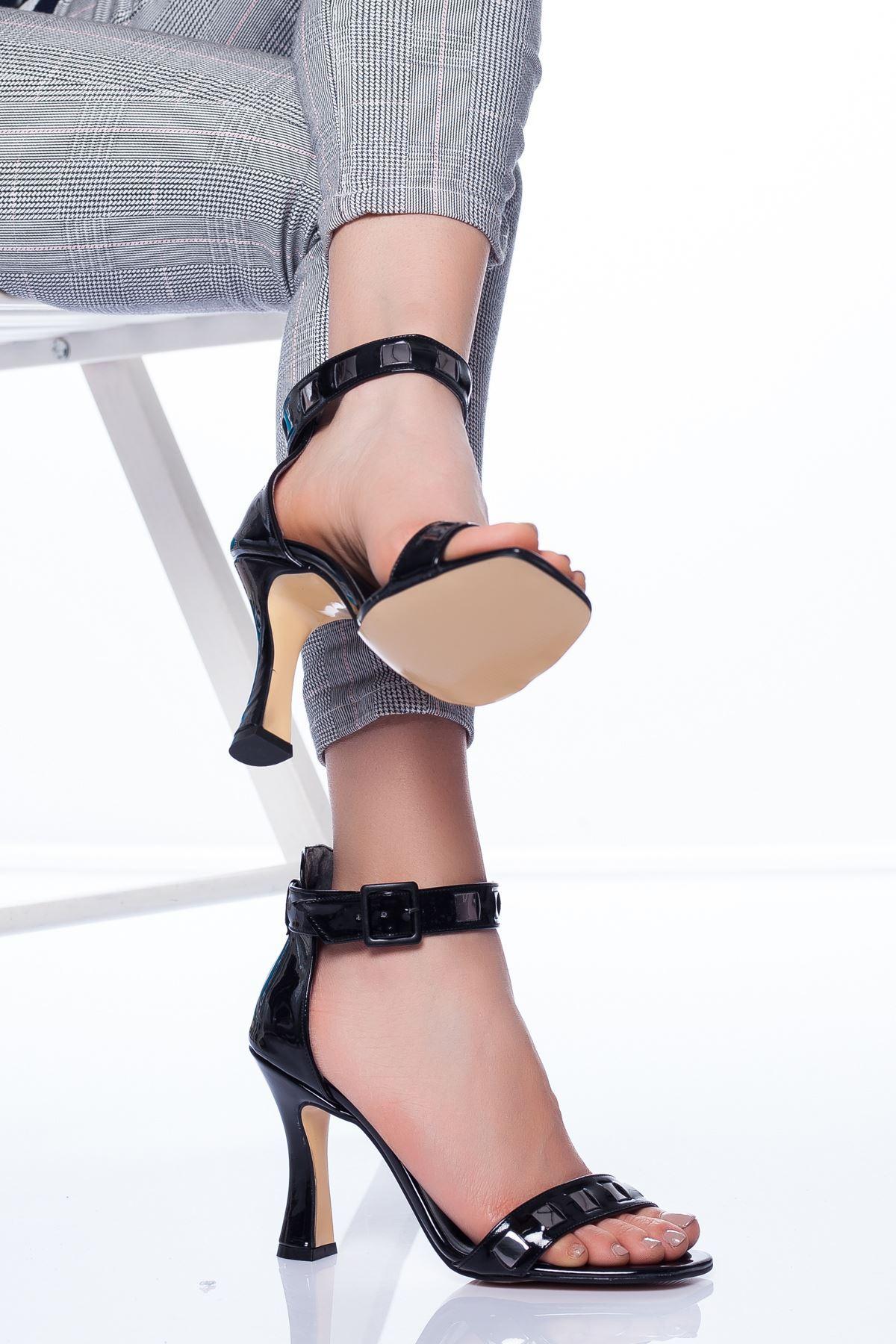 Hugo Topuklu Ayakkabı SİYAH RUGAN