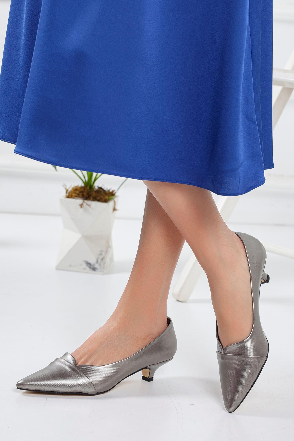 Maksi Topuklu Ayakkabı PLATİN