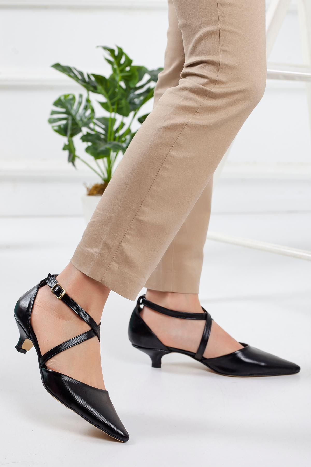 Noyan Topuklu Ayakkabı SIYAH