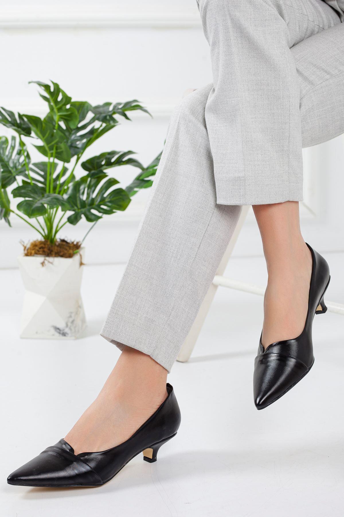 Maksi Topuklu Ayakkabı SIYAH