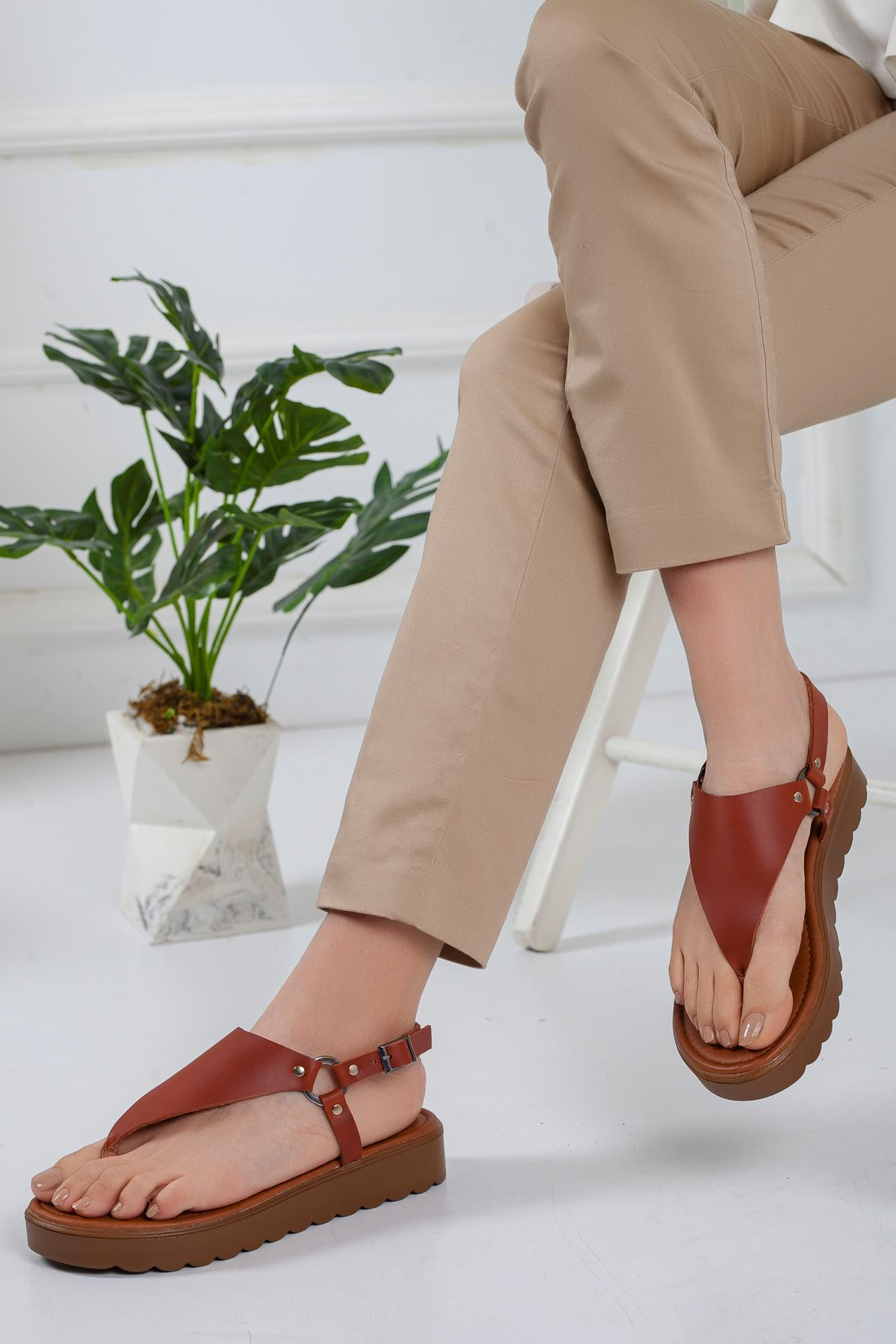 Alix Deri Sandalet TARÇIN