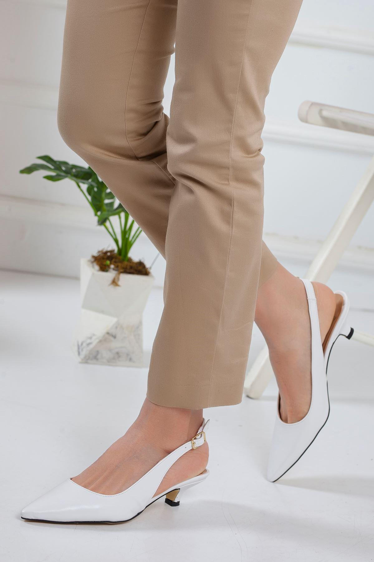 Solen Kısa Topuklu Sivri Burun Ayakkabı BEYAZ