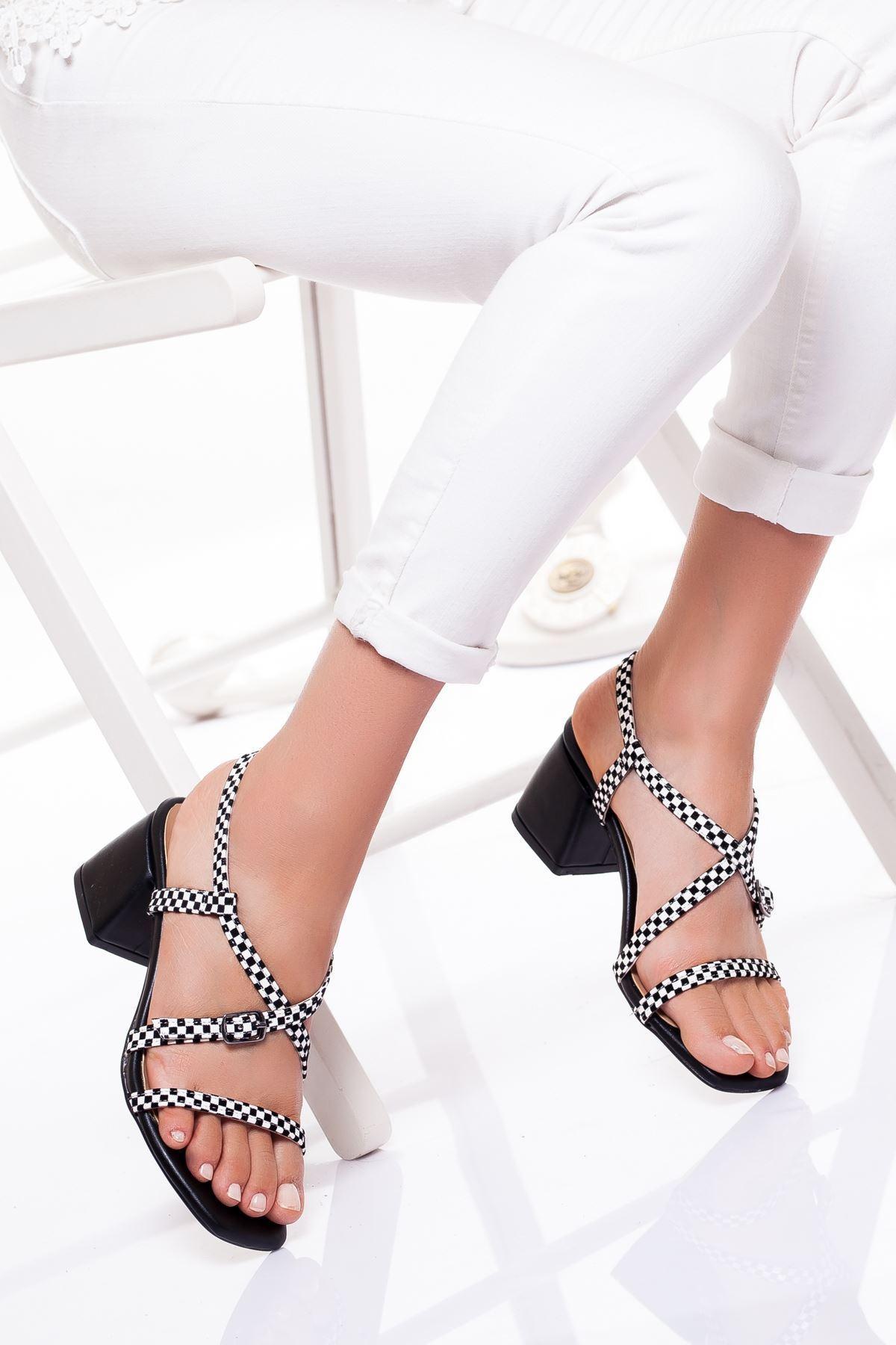 Kadın Bantlı Siyah Yazlık Kalın Topuklu Ayakkabı
