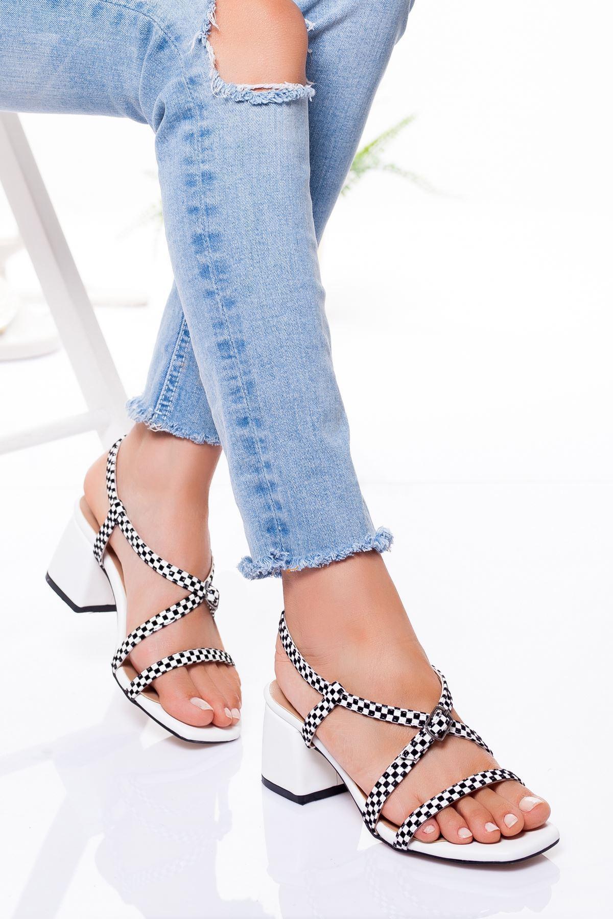 Kadın Bantlı Beyaz Yazlık Kalın Topuklu Ayakkabı